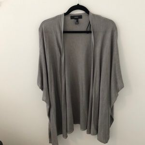 Grey oversized short sleeve knitted kimono
